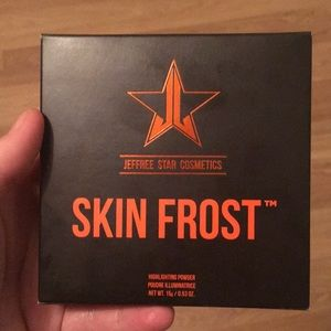 Exclusive Halloween mystery skin frost highlighter
